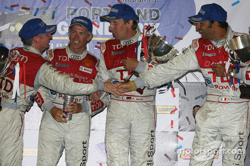 LMP1 podium: class and overall winners Rinaldo Capello and Allan McNish, with second place Frank Biela and Emanuele Pirro
