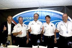 Conférence de presse Acura: Duncan Dayton, Adrian Fernandez, Kim Green, Scott Atherton et Robert Cla
