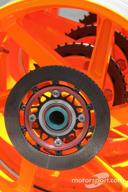 Les roues de la Honda RC211V de Nicky Hayden