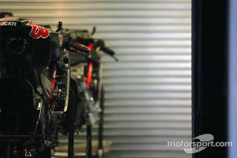 La Ducati Desmosedici GP06 de Alex Hoffman