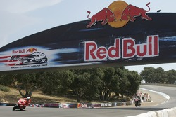 Le pont Red Bull