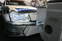 Double cooling for the Mercedes cars due to the extreme heat