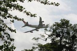 Virgin 747 fly-by