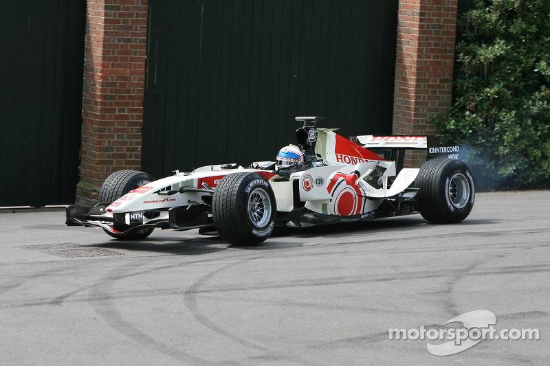 Williams Cosworth FW27C: Mark Webber