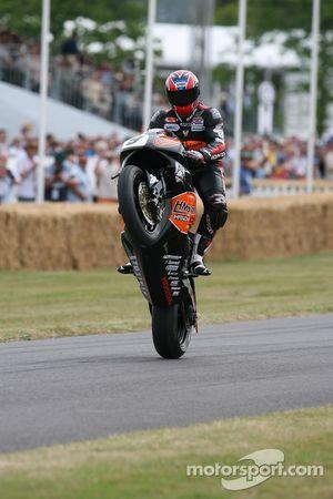 Honda CBR1000RR: Karl Harris