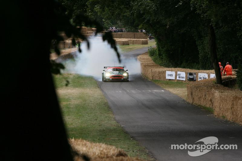 Aston Martin DBR9: Darren Turner
