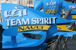 Tapa del motor Renault F1 R26