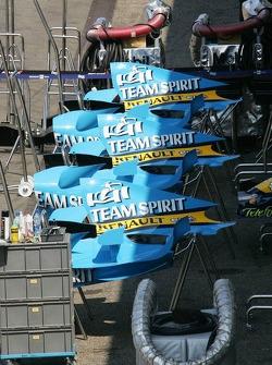 Cubiertas del motor Renault F1 R26