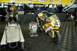 Jordan Suzuki team machines