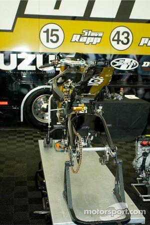 Jordan Suzuki team machine