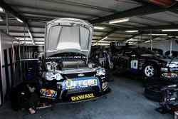 WPS pit garage