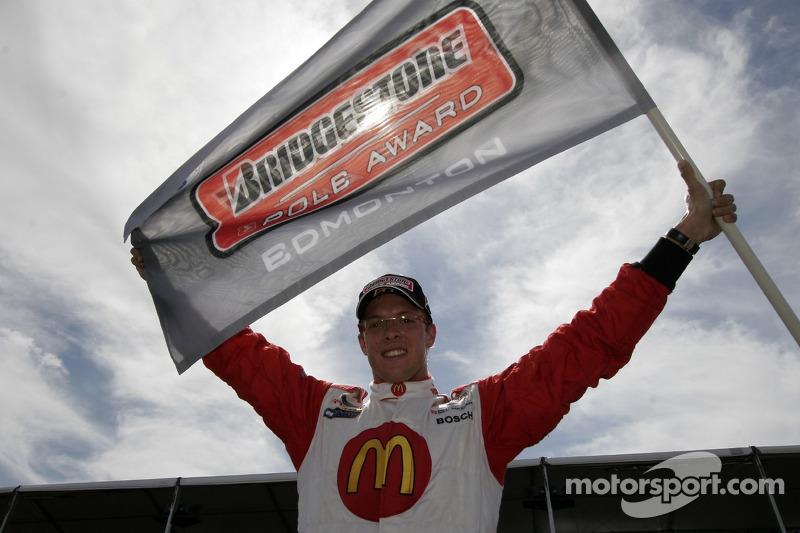 Sébastien Bourdais fête sa victoire de la pole position