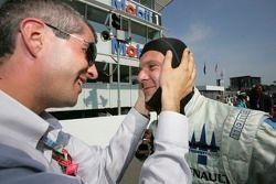 Gianmaria Bruni et Alessandro Alluni Bravi célèbrent la pole position