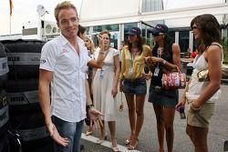 Robert Doornbos, Red Bull Racing, mit Girls