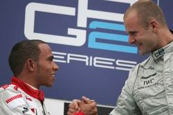 Gianmaria Bruni 1er et Lewis Hamilton 2ème