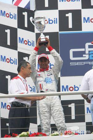 Lewis Hamilton deuxième