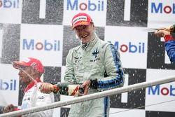 Gianmaria Bruni le vainqueur de la course asperge de champagne