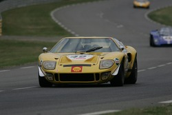 #49 Ford GT40 1968