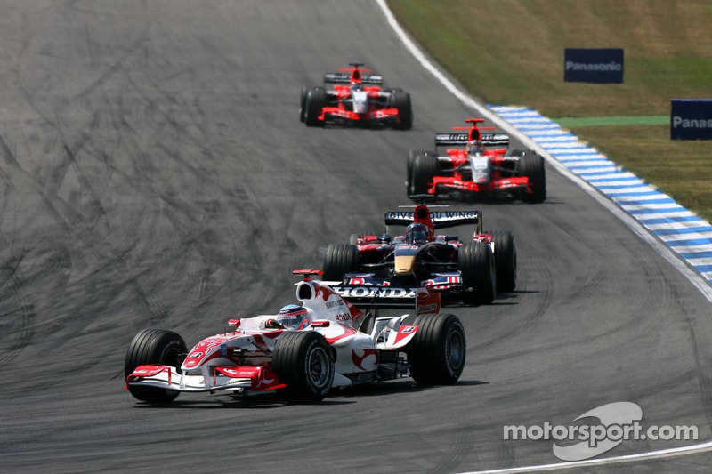 Takuma Sato ve Scott Speed, Tiago Monteiro ve Christijan Albers