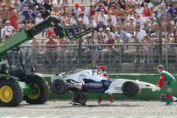 Jacques Villeneuve crashes