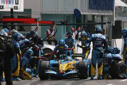 Пит-стоп Фернандо Алонсо, Renault