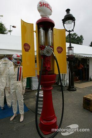 Une pompe d'essence d'époque