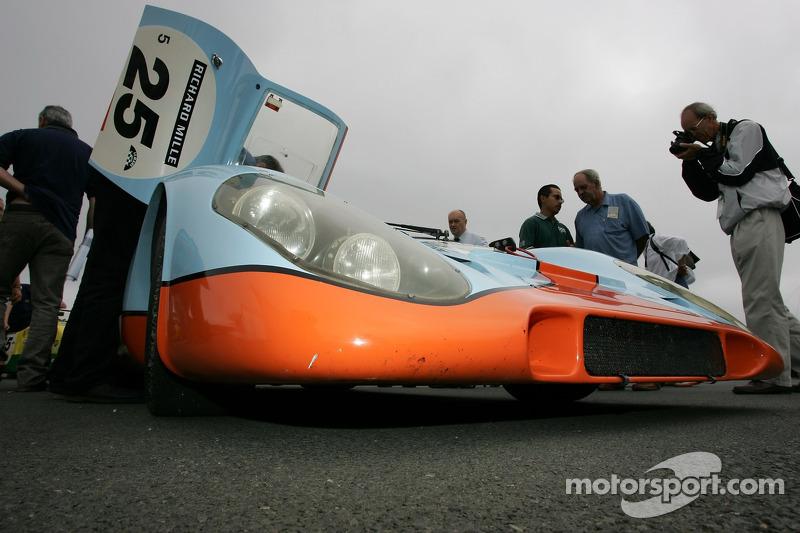 #22 Ford GT 40MK II 1965