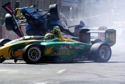 Départ: Simon Pagenaud impliqué dans l'accident