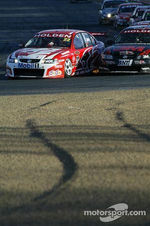 La course fermée est commune dans des V8 Supercars