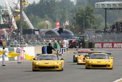 #64 Corvette Racing Corvette C6-R: Olivier Gavin, Olivier Beretta, Jan Magnussen takes the win in LMGT1