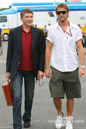 Nick Fry y Jenson Button
