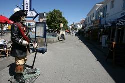 Visite de la Vendée: Le capiutaine Hook à Saint-Gilles-Croix-de-Vie