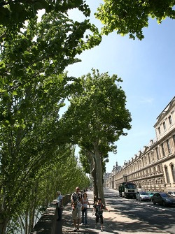 Scène de rue le bord de la Seine
