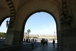 L'entrée de la Place du Carrousel