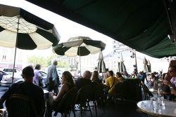 Un après-midi au Café de La Paix