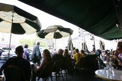 An afternoon at the Café de La Paix