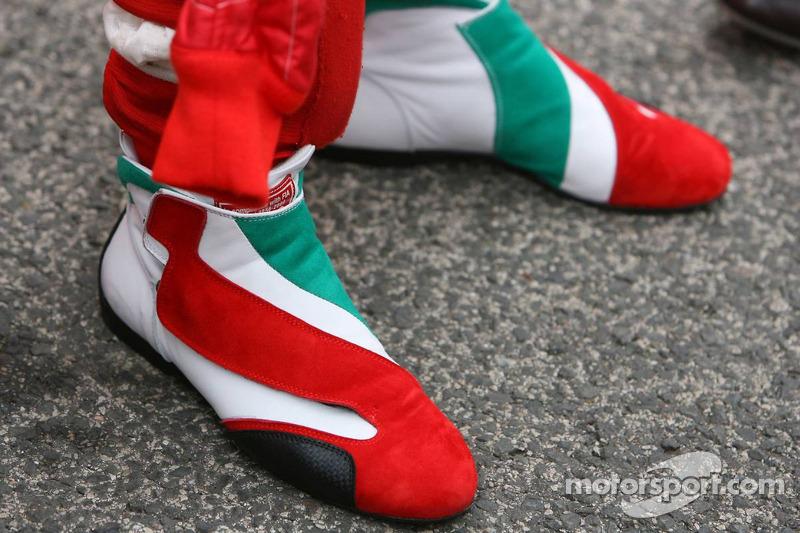 Jarno Trulli zapatos de competencia