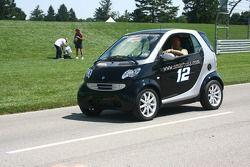 Une voiture Smart aux couleurs de Ryan Newman