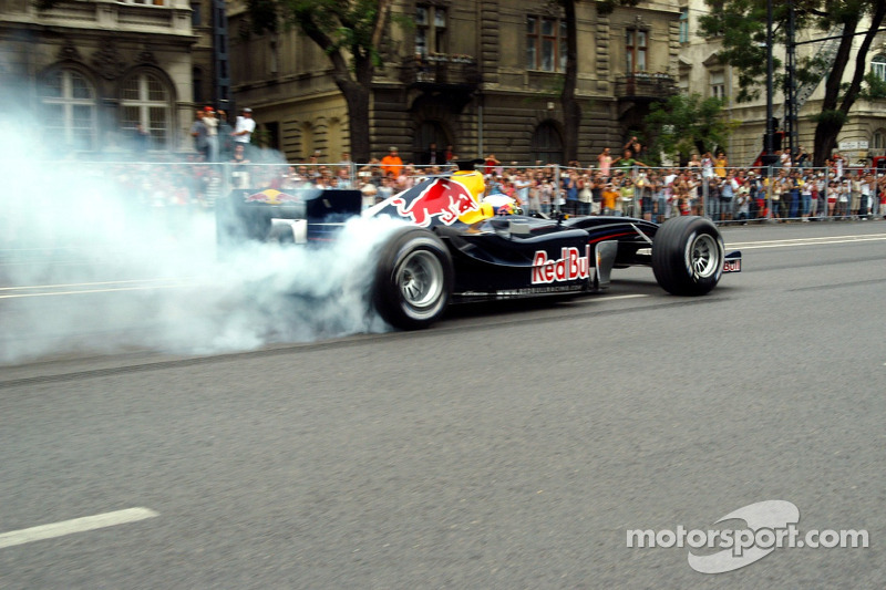 Red Bull Show Run Budapest: Robert Doornbos