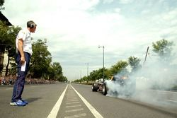Running bulls rendez-vous Budapest: test Takım Menajeri Anthony Burrows ve Robert Doornbos