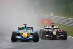 Fernando Alonso and Vitantonio Liuzzi