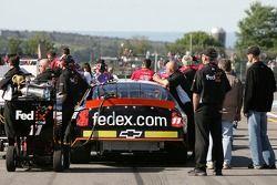 Fedex Chevy in qualifying line