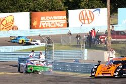 #12 Fernandez Racing Pontiac Riley de Lowe: Adrian Fernetez, Mario Haberfeld impliqués dans l'accide