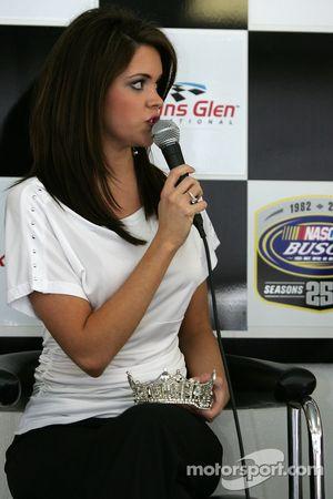 Une conférence de presse avec Miss America