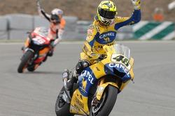 Valentino Rossi fête sa deuxième place finale