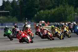 Start zum GP Tschechien 2006 in Brno: Loris Capirossi, Ducati, führt