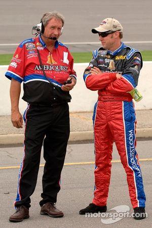 Matt Kenseth avec le chef d'équipe Jimmy Fennig