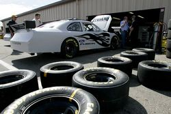 Roush Racing team members work on Matt Kenseth's car