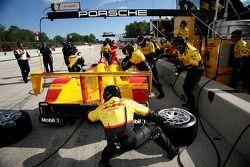 Porsche pitstop