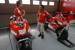 Sete Gibernau and Loris Capirossi with the new 800cc Ducati Desmosedici
